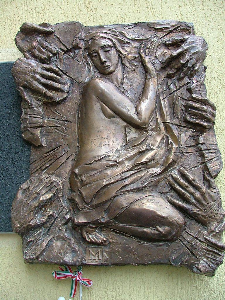 Csongrádi Nők Emléktáblája